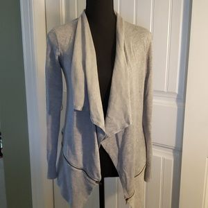 💥 89th & Madison Grey Sweater